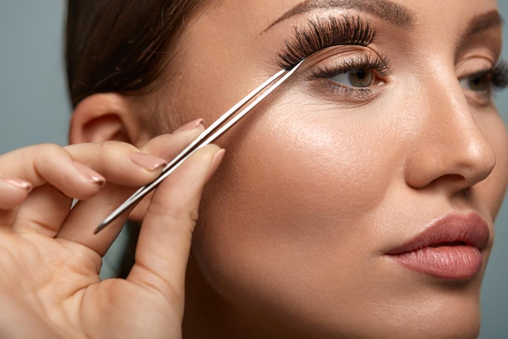 Best false eyelashes – how to choose