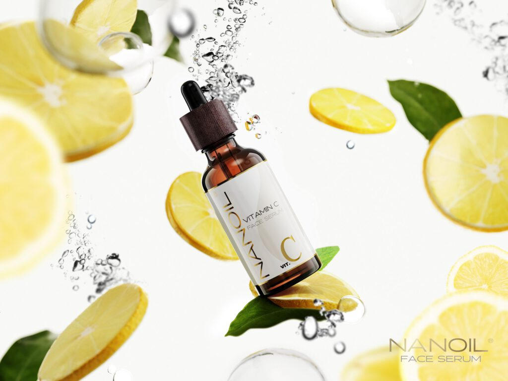 How do celebrities get the glowing skin? Try the best vitamin C face serum from Nanoil